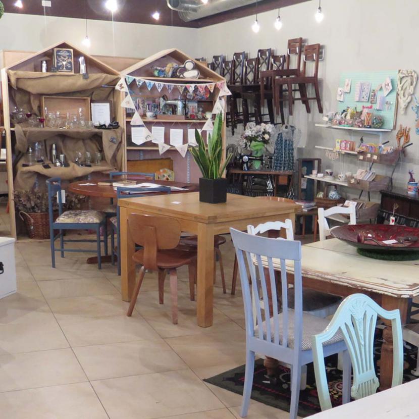 Petit Miracles Shop Interior